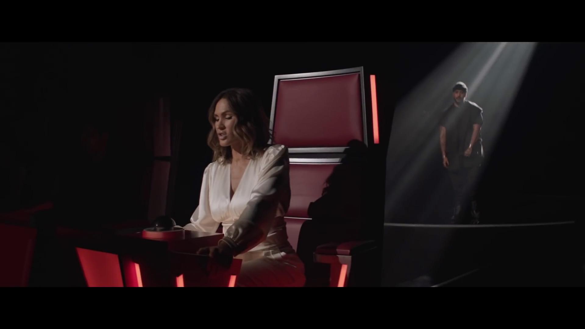 Image extraite du vidéo clip Versus avec Vitaa et Slimane